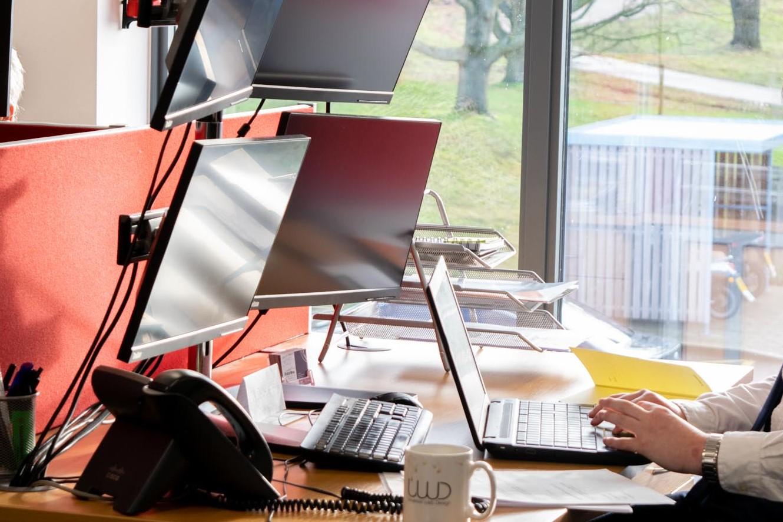 Universal Web Design 4 working monitors